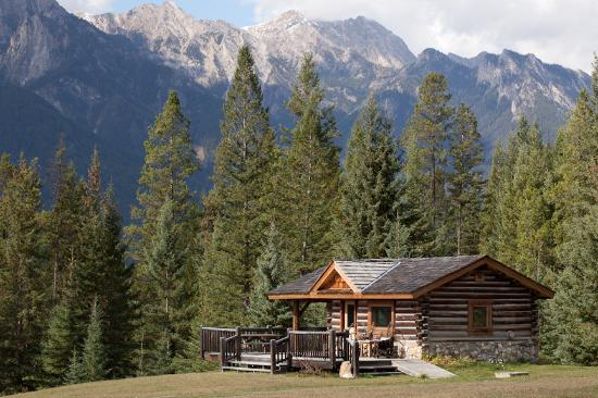 Nipika Mountain Resort: A perfect cabin for everyone