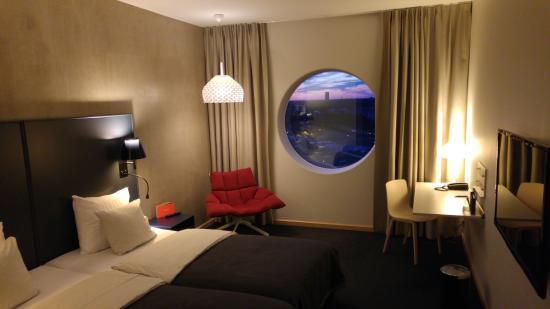 Solna, Sverige: Room 2015