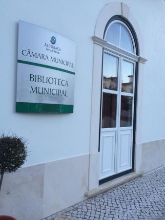 Alcobaca Municipal Library