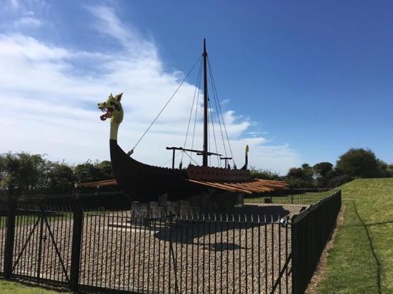 The Viking Ship 'Hugin': The Viking Longboat