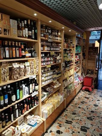 Il negozio di trento picture of lunelli sarche for Negozi cucine trento