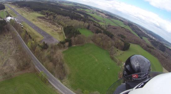Meinerzhagen, Германия: Landing