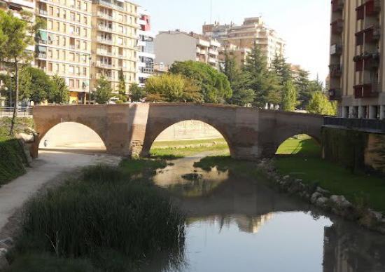 Puente Viejo: Antes y después del puente.