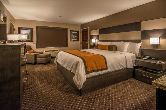 University Inn Hotel Photo