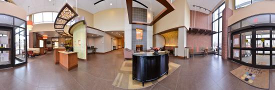 Herndon, VA: Panoramic Lobby