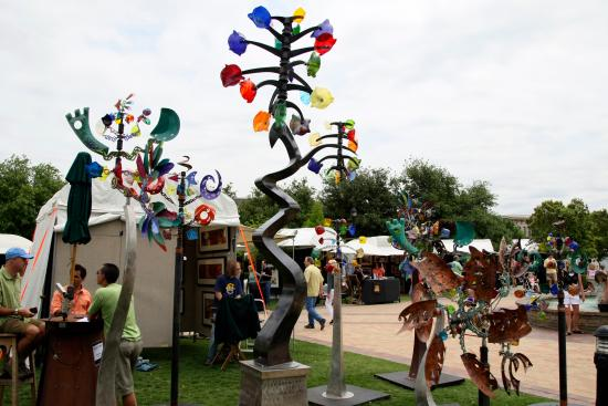 Southlake, TX: Art in the Square