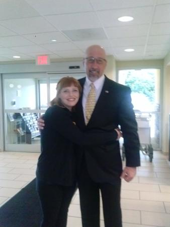 La Quinta Inn & Suites Knoxville Airport: Beka didn't recognize me in my suit right away. I clean up well.