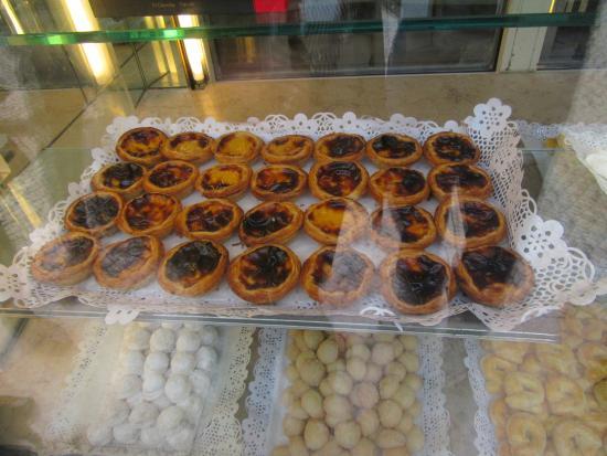 """Praca do Comercio (Terreiro do Paco): """"Pasteis de Nata"""" - egg custard in puff pastry found in shop near Praca do Comercio!"""
