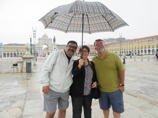 Praca do Comercio (Terreiro do Paco): Our first day in Lisboa at Praca do Comercio!