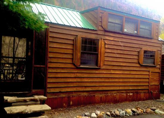 Ouray Riverside Inn and Cabins: Imogene Deluxe Cabin