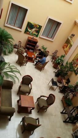 Hotel Boutique Plaza Sucre: 20160501_223505_large.jpg