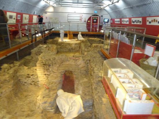 Welwyn, UK: History beneath the A1M