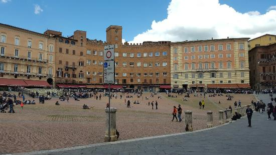 Siena, İtalya: 20160501_140327_large.jpg