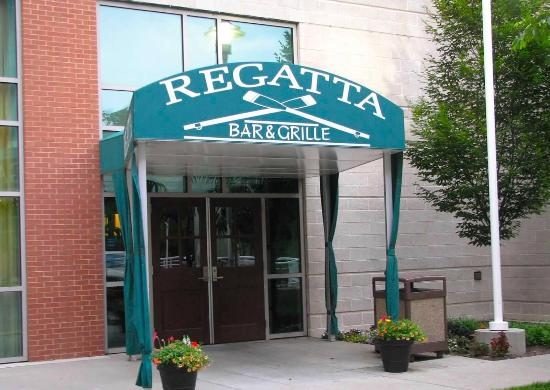 Morgantown, Virginia Occidental: Regatta Bar & Grille