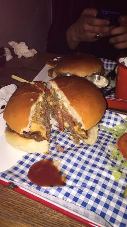 Fat Hippo Underground: amazing burger