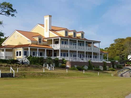 Ocean Isle Beach, NC: Original plantation house turned clubhouse.