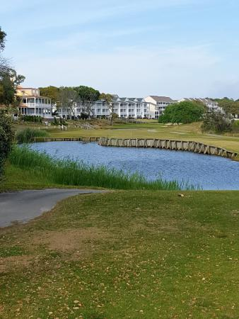 Ocean Isle Beach, NC: 1st hole is very narrow and plays over not one, but two water hazards.