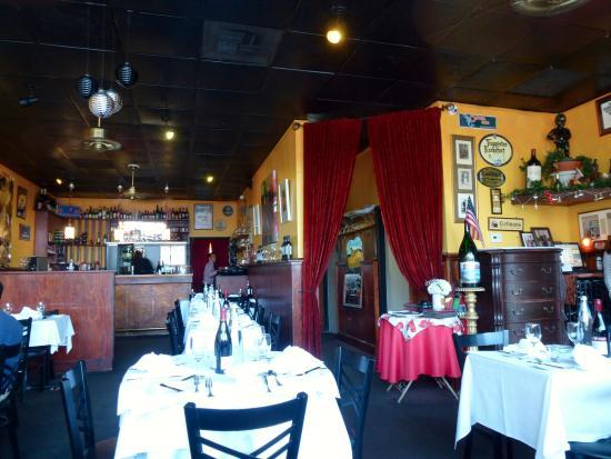 Le Mannequin Pis: На этой фотографии изображен, практически, весь ресторан
