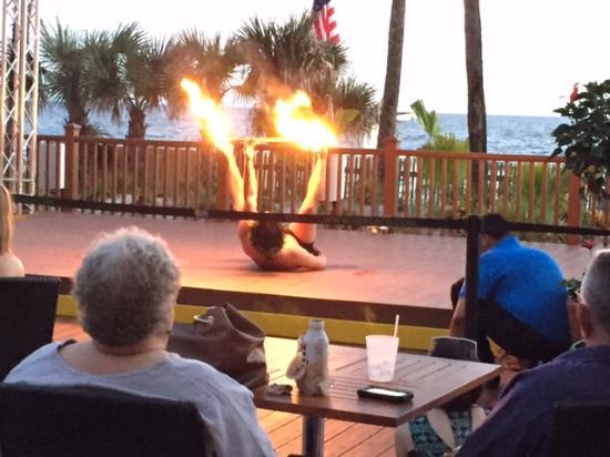 Holiday Inn Resort Panama City Beach Fun Entertainment At Oasis Bar