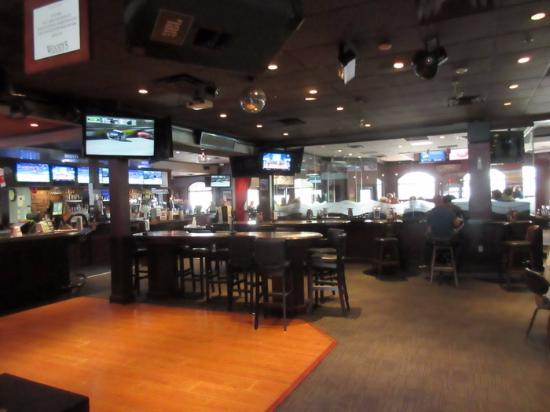 Coquitlam, Canadá: Bar Area