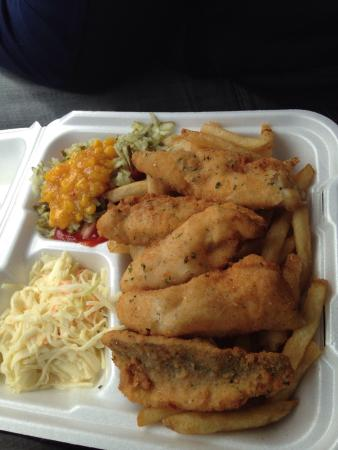 Willie's: Battered perch dinner