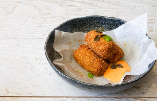 St Leonards, Avustralya: Satay Chicken Croquettes, sambal mayo, housemade chilli oil