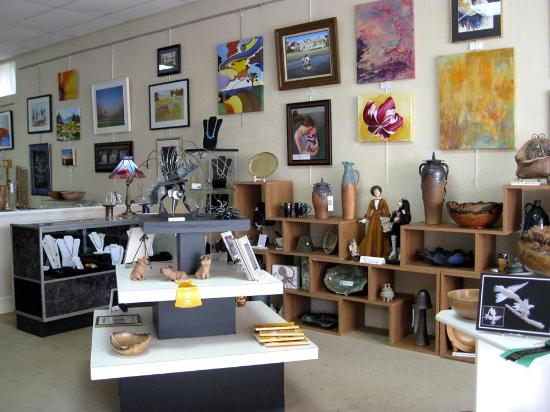 Rutherfordton, Βόρεια Καρολίνα: Gift gallery, pottery, photography and more
