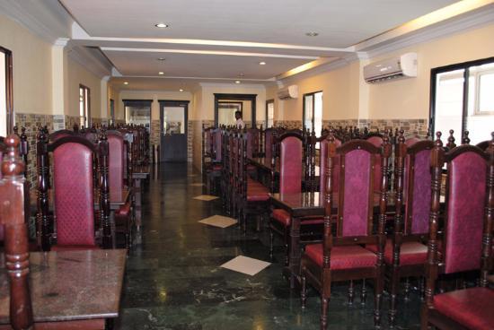 Hotel Chinnus Restaurant