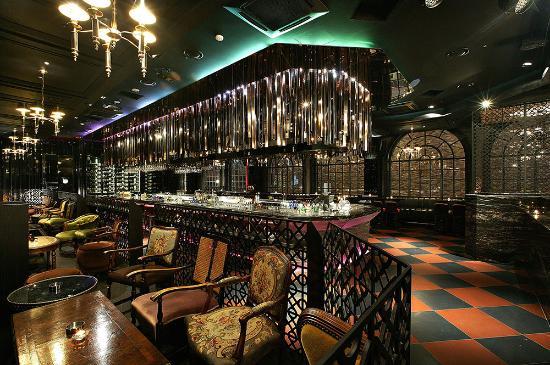 Glam Lounge