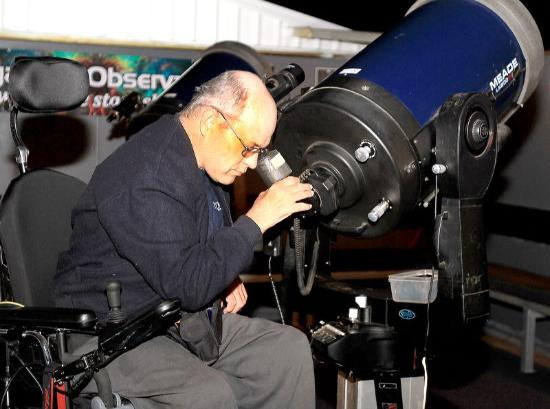 Kingaroy, Australia: All of our facilities er disable friendly. The telescopes can be easily adjusted.to suit any hei
