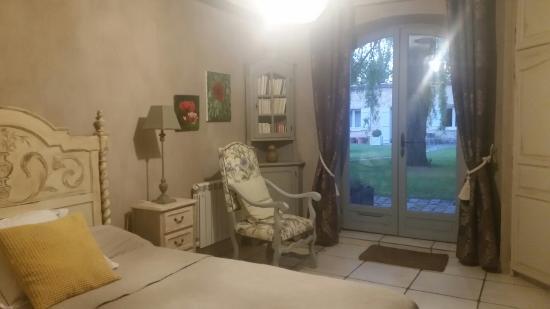 Le Taillan-Medoc, Frankreich: 20160427_210733_large.jpg