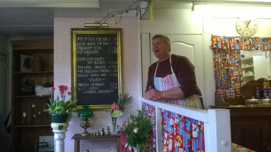 Badby, UK: the menu and Stephen, the owner