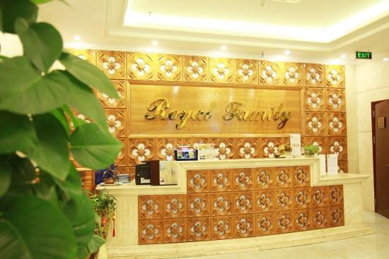 Royal Family Hotel