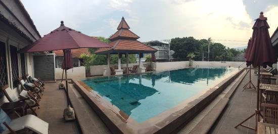 Bodhi Serene Hotel: 泳池小小~很溫馨~