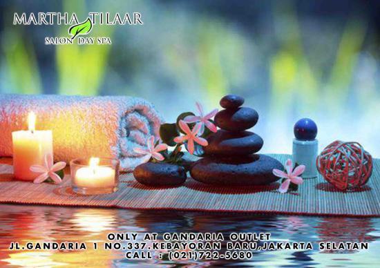 With Hot Stone  Like it - Picture of Martha Tilaar Gandaria