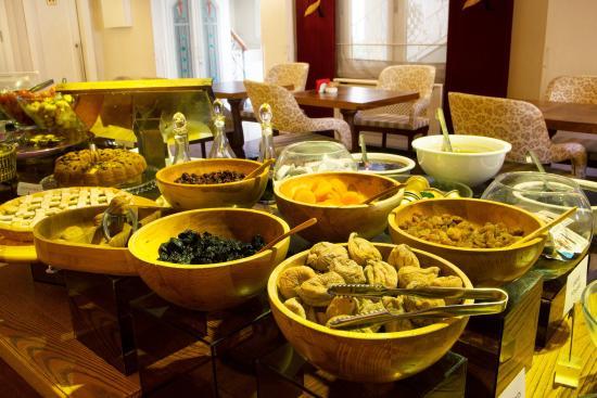 Hotel Amira Istanbul : Open Buffet Breakfast