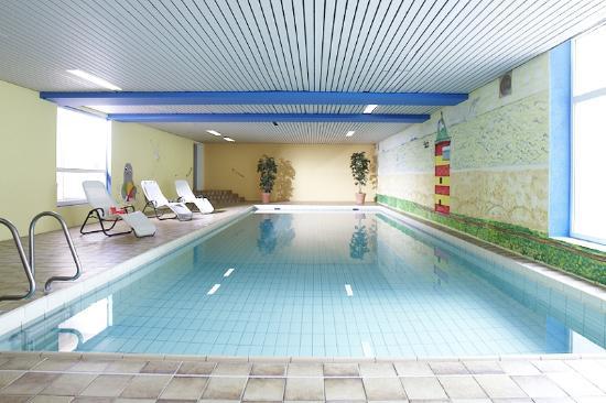 Hotel deichkrone norddeich tyskland omd men och prisj mf relse tripadvisor for Hotel juist schwimmbad