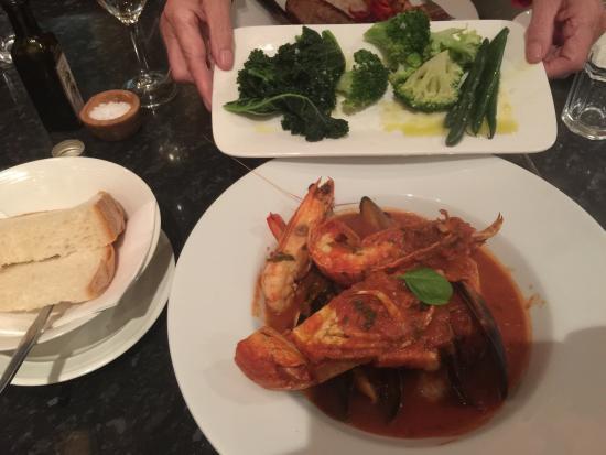 Maestral Mediteranean Seafood Restaurant : photo1.jpg