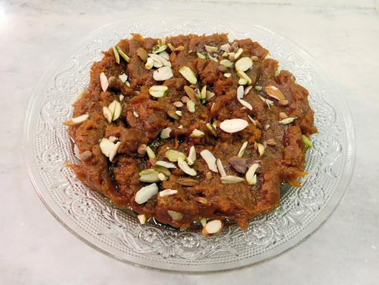 Home Made By Tasneem: Doodhi no Halwo is a delectable Home Made sweetdish