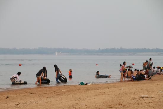 Dok Kate Beach