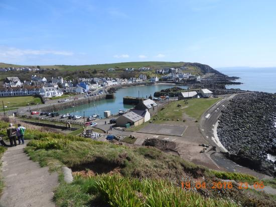 The Portpatrick Hotel: Steps leading down to village