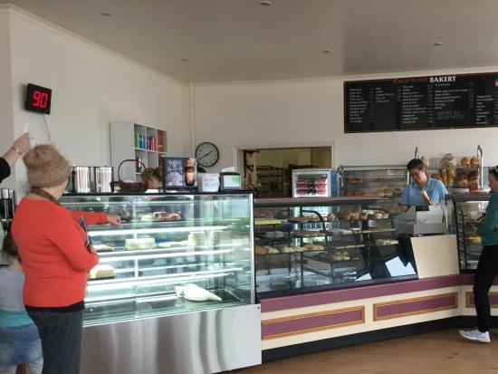 Cowes, Australia: Inside Phillip Island Bakery