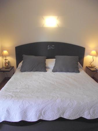 Les II (Deux) Mas Hotel: Chambre Confort