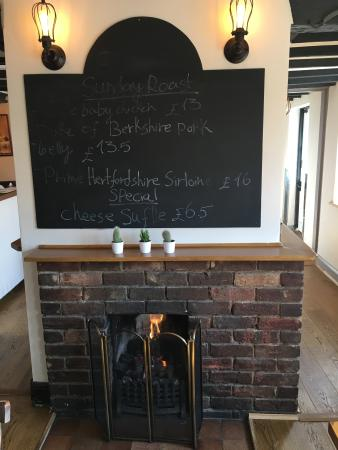 Chipperfield, UK: The Paddock Fireplace