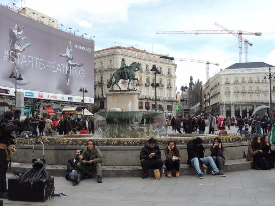 Plaza del sol picture of puerta del sol madrid for Plaza del sol madrid