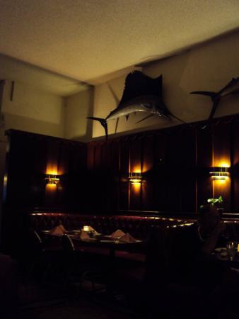 Sportsman Restaurant & Lounge: Sportsman