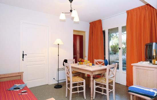 Boulouris, Francia: Résidence Odalys Les Mimosas
