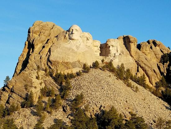 Hermosa, SD: Mount Rushmore is very near