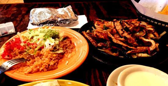 Locust Grove, جورجيا: what we always get for dinner