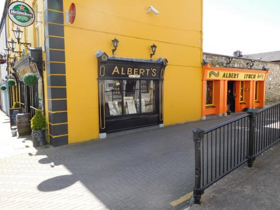 Mallow, Ireland: Albert's pub